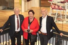 Seniorchef Karl Mayr, Seniorchefin Berta Mayr und Bruno Mayr (v.l.n.r.)